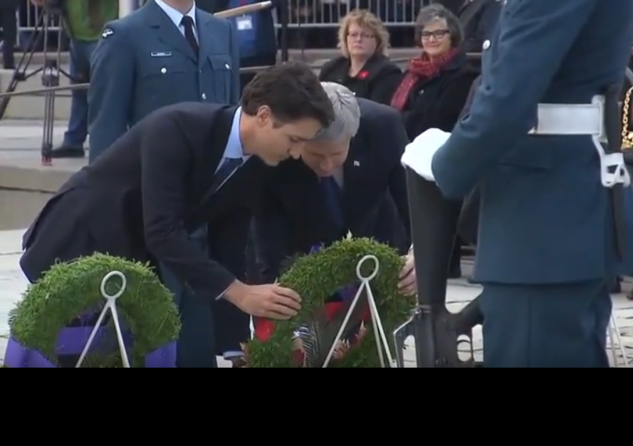 VIDEO: Harper Invites Trudeau to Join Him During Ceremony Honoring Corporal Nathan Cirillo